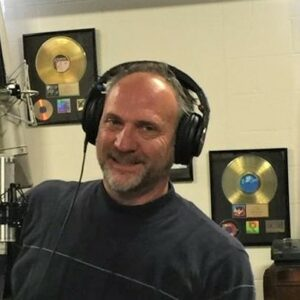 Ian S. Tschirhart chats about how Julie Eichoff's course prepared him to do voice over work from home.